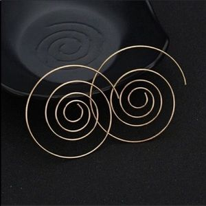 Swirl gold earrings, NWT last one!